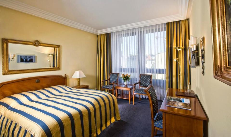 """""""Hotel Mondial am Kurfürstendamm""""的图片搜索结果"""