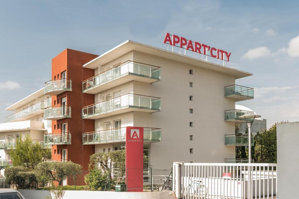 Condo Hotel AppartCity Antibes France