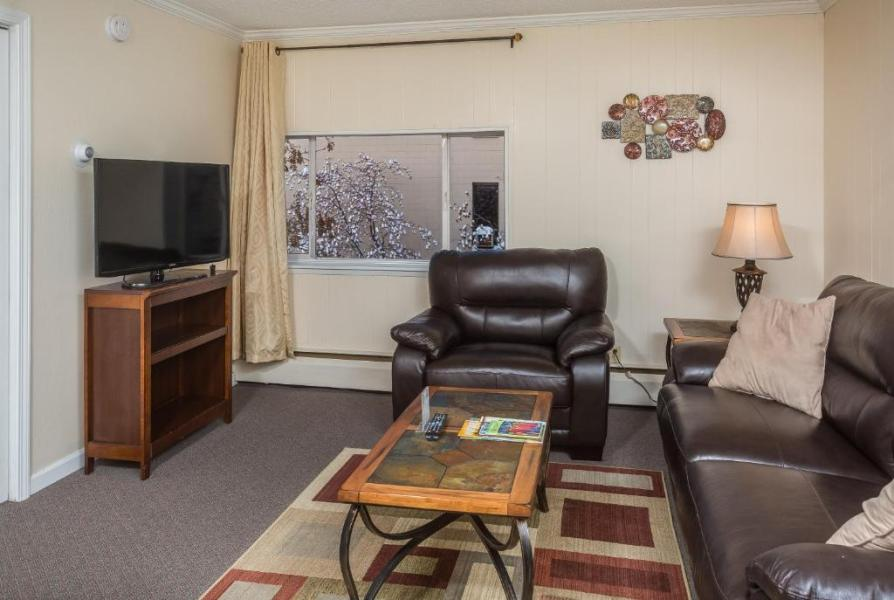 Duke s 8th Avenue Hotel  Anchorage  AK   Booking com Gallery image of this property
