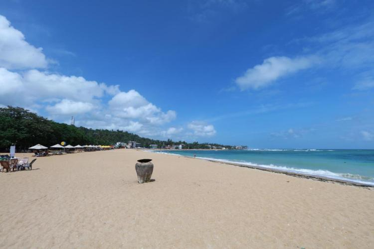 Отели в Унаватуне с пляжем