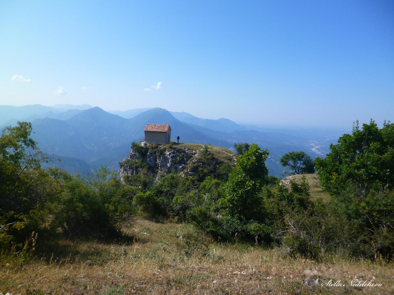Chapelle haut dans les Alpes de Haute Provence