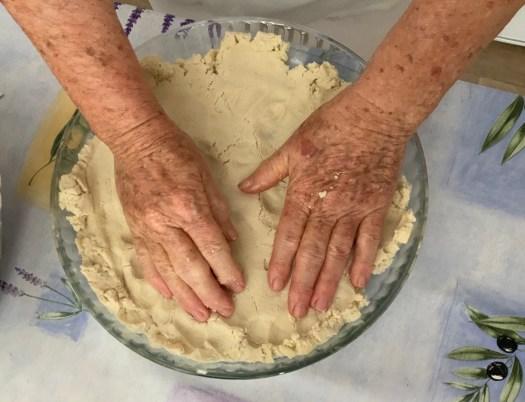 Mains à la pâte
