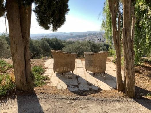 Deux fauteuils de jardin