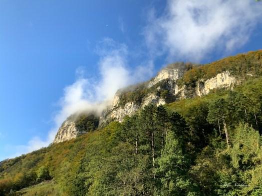 Paysage: les Alpes suisses sous les caresses des nuages
