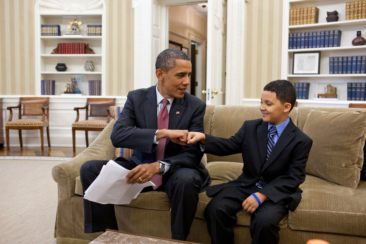 Obama Uses Don T Forget To Be Awesome In Chat Internet Freaks Out