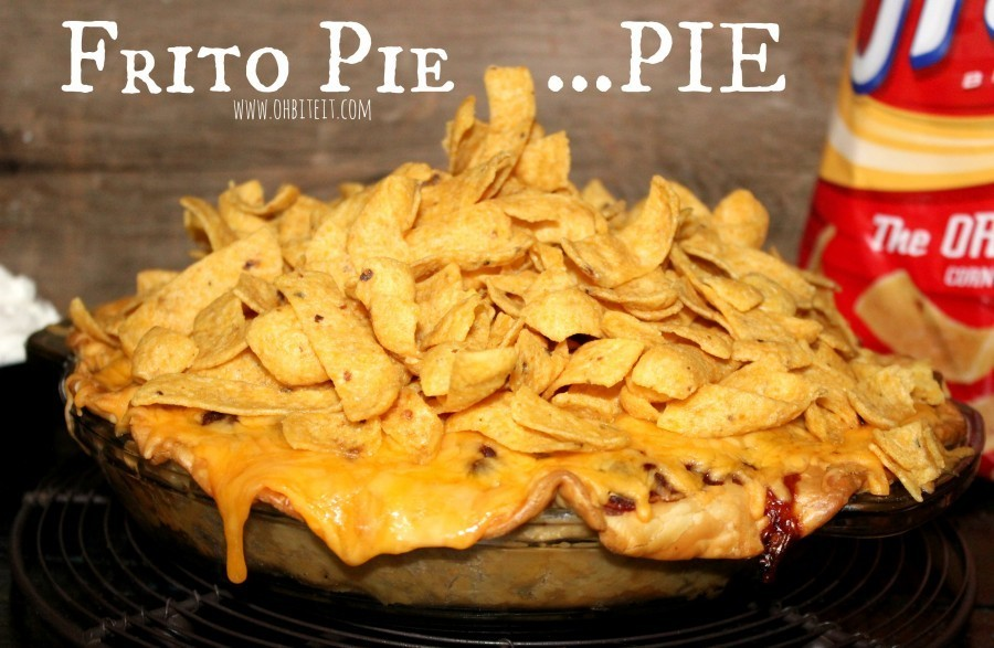 "<strong>Get the <a href=""http://www.ohbiteit.com/2015/01/frito-pie-pie.html"" target=""_blank"">Frito Pie Pie recipe</a> from Oh"