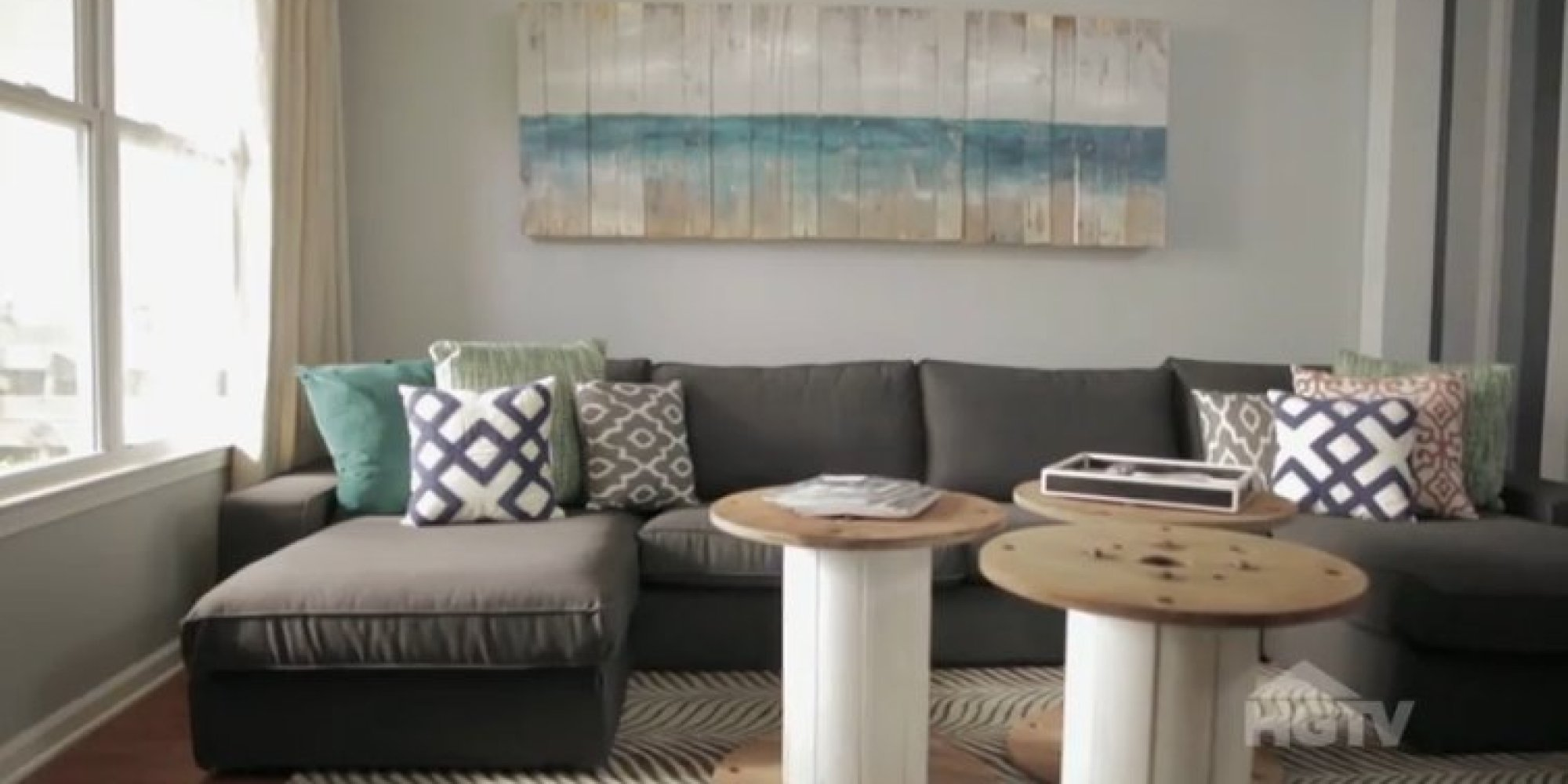 Turns Out You Can Do A Living Room Makeover For Under $500