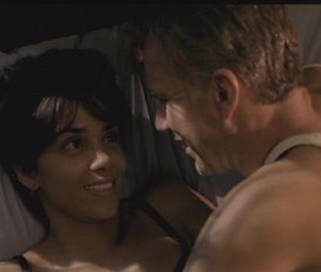 Billy Bob Thornton Recalls His Heavy Sex Scene With Halle Berry In Monsters Ball Huffpost