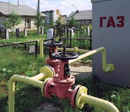Провести газовую магистраль или подключить электричество