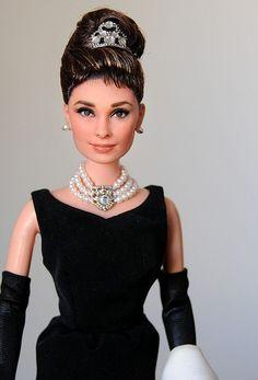 Breakfast At Tiffanys On Pinterest Audrey Hepburn