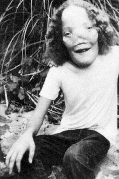 """Resultado de imagen de Roy Lee """"Rocky"""" Dennis - Máscara"""