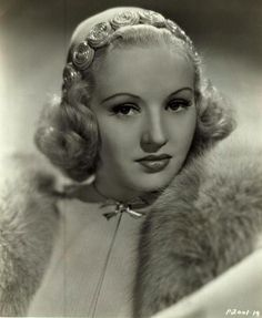 1000 images about betty grables on pinterest photo upload glamour and 1930s