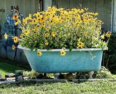 Bathtub Turned Into A Planter Want To Do This With Our
