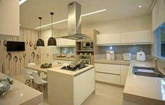 Cozinha Moderna Cozinha Branca Com Ilha E Mesa De Jantar
