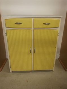 60s70s Kitchens On Pinterest 60s Kitchen Retro Kitchens And Cupboards