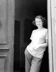 Audrey Hepburn on Pinterest | 744 Pins