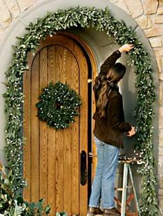 1000 Images About Door Garland On Pinterest Garlands