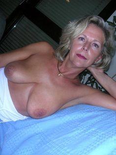 milena velba corset