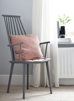 HAYs J110 chair in