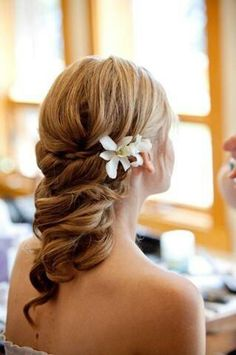 beach bride hairstyles and updos on pinterest updo brides and bridal braids