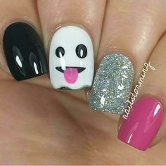 """""""Ghost Emoji Mani ✨Nails by @nailstorming ✨Polish: OPI 'Who Are You Calling Bossy!?!' & Suzi Has a Swede Tooth' from @hbbeautybar Use her code to get…"""""""