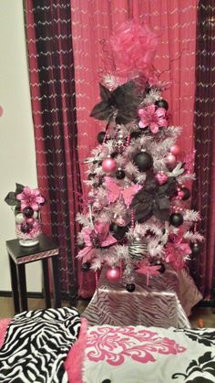 1000 Ideas About 4ft Christmas Tree On Pinterest