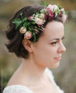 Peinados para novias de cabello corto www.webnovias.com/blog