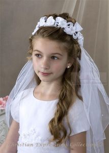 1000 images about munion hair styles on pinterest flower girl updo first munion veils