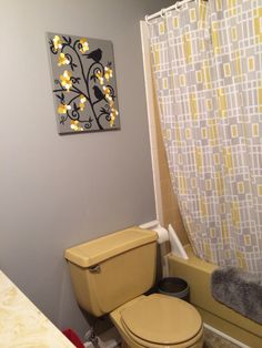 Mary Homanns Harvest Gold Bathroom Before And After