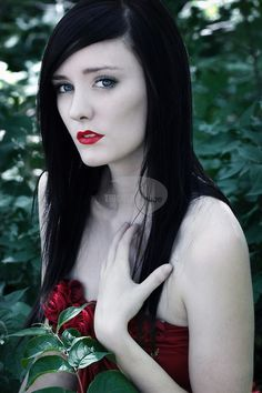 1000 images about black hair and white skin on pinterest black hair pale skin and goth