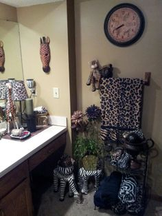 1000 Images About Animal Print Bathroom On Pinterest