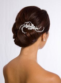the mignon pearl bridal hair pin is small but mighty true to its name the mignon is petite