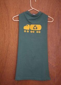T shirt cape