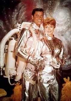 Lost In Space Guest Stars Photo Revolt Of The