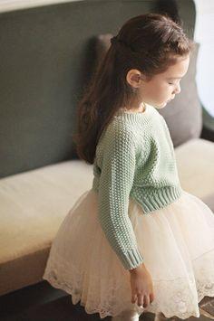 Amber Moris Knit . j