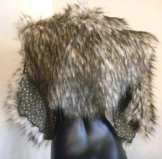 Viking Fur Capelet Mantle Medieval Barbarian Renaissance Faux Fur Brown Wolf Color
