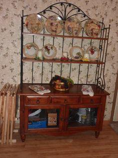 Broyhill Fontana Queen Bedroom Set 1100 Perhaps