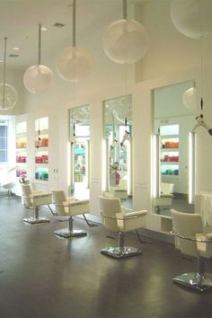 beauty salon design on pinterest beauty salon interior small hair salon and salon design
