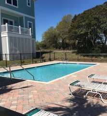 South Beach Cottages This 4 Bedroom Bath Unit Sleeps Around 8 And Is Located In Myrtle Sc