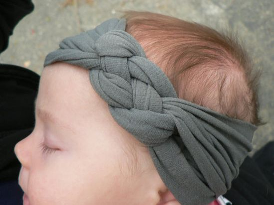 Brilliant tutorial on how to make knotted headbands