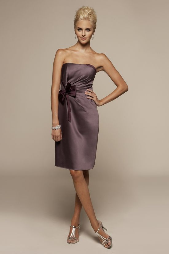 Strapless satin dress with natural