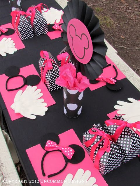 DIY-Minnie Mouse Birthday Party Little girl party idea.