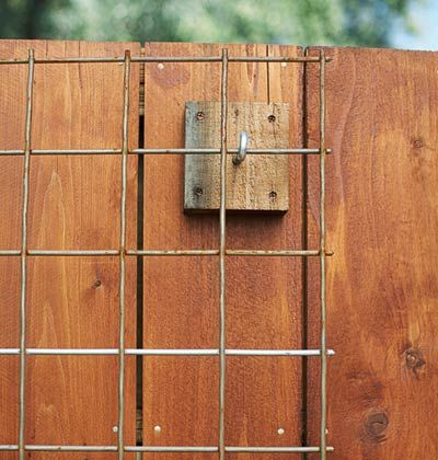How to Build a simple, easy-to-move Fence Trellis