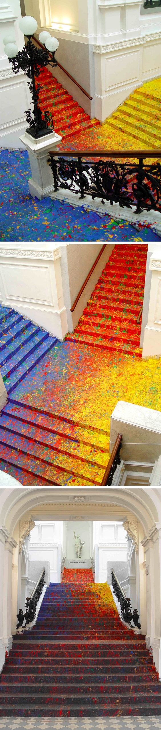 Artist Leon Tarasewicz Covers the Poland National Gallery's Great Hall Staircase in Splatter Paint: