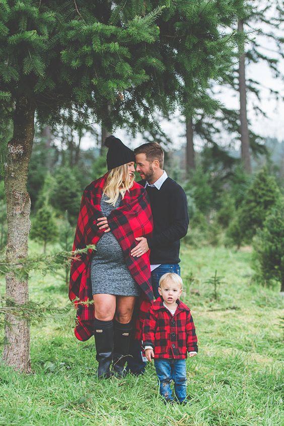 Canadian Christmas tree farm family photos by Studio 1079
