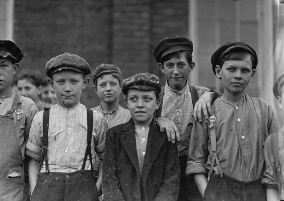 boy clothing in england 1900 | child labor doffer boys: