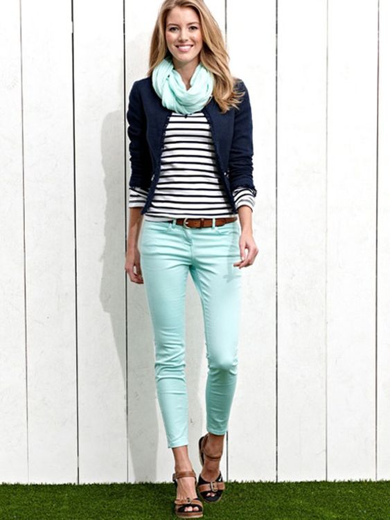 Love the mint jeans!!! Surprisingly, I like it paired with the navy. Fashion Fix: mintkleurige jeans #stitchfix: