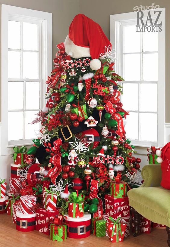 Decorating with Mesh Ribbon Christmas Trees