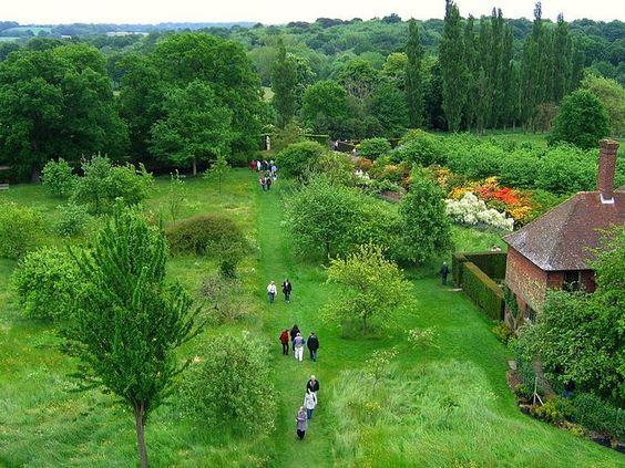 THe Beauty of English Gardens  - England Gardens - Sissinghurst Castle Garden in Kent  6: