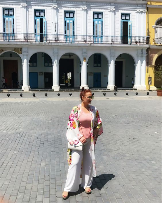 Perfect vacation outfit. @theluxicon